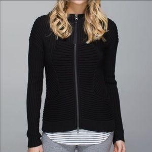 Lululemon | zip up sweater with big hood